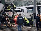 إصابة 6 أشخاص فى تصادم سيارة إسعاف تقل جثمانا وآخرى نقل بصحراوى سوهاج