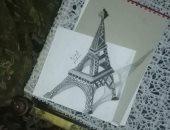 """""""مجدى سعد"""" بن دمياط يبدع فى رسم لوحات ثلاثية الأبعاد بالرصاص"""