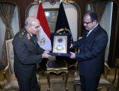 """صور.. وزير الداخلية لـ""""صدقى صبحى"""": قواتنا المسلحة درع قوى لحماية الوطن"""