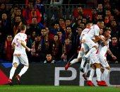الدوري الإسباني.. ألافيس يتقدم على أتلتيكو مدريد بهدف بالشوط الأول