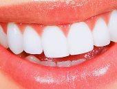 وصفات طبيعية لتبييض الأسنان من زيت الليمون والنعناع