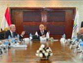 وزير التنمية المحلية يناقش مشروعت تنمية منطقة وادى الدير مع محافظ جنوب سيناء
