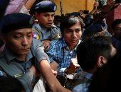 مظاهرة سلمية تطالب بالإفراج عن صحفيى رويترز المسجونين فى ميانمار