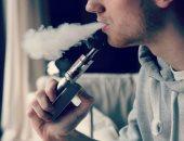 فيديو.. أستاذ أمراض حساسية: تدخين الفتيات للسجائر الإلكترونية يهدد الأجنة