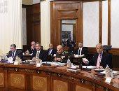 الحكومة تعلن تشكيل لجنة عليا برئاسة وزير الداخلية لوضع آلية تنفيذ قانون المرور