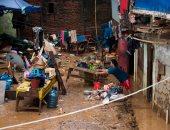 صور.. فيضانات تغرق مئات البيوت وتشرد الآلاف فى إندونيسيا