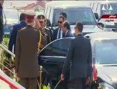 الرئيس السيسي يصل قاعدة محمد نجيب العسكرية لافتتاح عدد من الصوب الزراعية