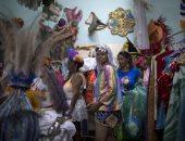 صور.. انطلاق كرنفال ضخم للمرضى النفسيين فى البرازيل