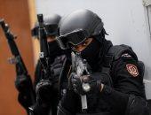 صور.. تدريبات للقوات الخاصة النسائية فى البحرين على مكافحة الشغب