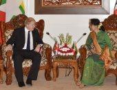 صور.. وزير الخارجية البريطانى يناقش أزمة الروهينجا مع زعيمة ميانمار