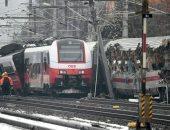 إصابة 9 أشخاص إثر اصطدام حافلة بقطار للركاب فى إستونيا