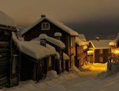 هى البيوت راحت فين.. اختفاء أكواخ تحت الجليد فى منطقة غابات بالنرويج