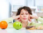 السر فى الهرمونات.. السهر قد يكون سببا أساسيا فى زيادة وزنك