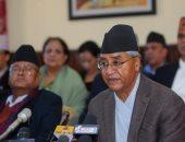 صور.. رئيس وزراء نيبال يقدم كشف حساب قبل تقديم استقالته للرئيس