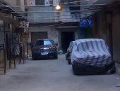 قارئ يرصد ترك أعمدة الكهرباء مضاءة نهارا فى شوارع الزيتون بالقاهرة