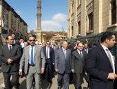 وزير الداخلية يتفقد منطقة الحسين ويشدد على الانتشار الشرطى
