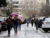 """""""القلم والكراريس"""" سلاح أطفال سوريا فى مواجهة صواريخ المعارضة بدمشق"""