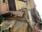 """صور .. انهيار """"بلكونتين"""" فى عقار بمنطقة شبرا بدمنهور"""