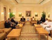 وزير التعليم العالى يلتقى وزير القوى العاملة بسلطنة عمان لبحث سبل التعاون