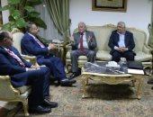 محافظ جنوب سيناء يستعرض فرصة الاستثمار بشرم الشيخ خلال لقائه بمستثمر كويتى