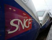 صور.. عمال السكك الحديدية فى فرنسا ينظمون إضرابا عن العمل