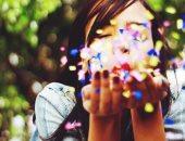 ما هو هرمون السعادة وكيف تحصل عليه بطرق طبيعية؟