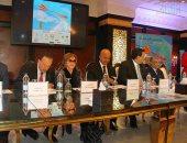 دقيقة حدادا على روح الناقد على أبو شادى بمؤتمر مهرجان شرم الشيخ السينمائى (صور)