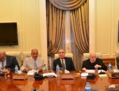 وزير التنمية المحلية يحضر اجتماع اختيار قيادات الإدارة المحلية بالمحافظات