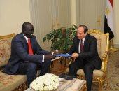 صور.. السيسى يتسلم رسالة من سلفا كير.. ويؤكد دعم مصر لاستقرار جنوب السودان