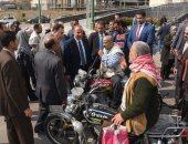 توزيع 25 موتوسيكلا على ذوى الاحتياجات الخاصة بالإسكندرية