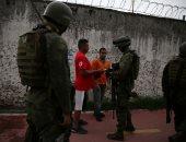 صور.. انتشار مكثف للجيش البرازيلى فى ريو دى جانيرو لحفظ الأمن