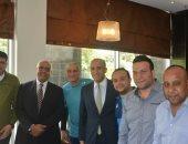 سفير مصر بزامبيا يودع بعثة المصرى قبيل مغادرتها للعاصمة لوساكا