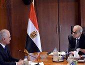 بدء لقاء رئيس الوزراء بوزير الأقتصاد الأذربيجاني لبحث سبل التعاون المشترك (صور)