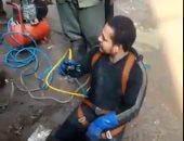"""""""محمد"""" غطاس صرف بمليون راجل يعمل فى ظروف صعبة لعلاج طفله المصاب بالقلب"""