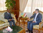 """وزير الطيران يلتقى بسفير جمهورية رواندا لبحث تعزيز التعاون فى """"النقل الجوى"""""""