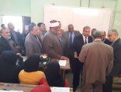 عباس شومان ومحمد المحرصاوى يتفقدان كليات فرع جامعة الأزهر فى قنا