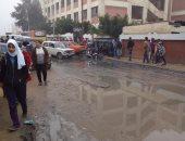 صور.. غرق شارعى مجمع المدارس والرأس السوداء بالإسكندرية بمياه الصرف الصحى