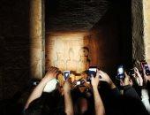 تعامد الشمس على وجه رمسيس الثانى بمعبد أبو سمبل