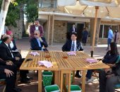 محافظ القليوبية يستعرض تطوير القناطر الخيرية مع رئيس جمعية رجال الأعمال الصينية