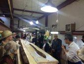 صور .. 42 أستاذًا من جامعة هيجاشى نيوبو اليابانية  يزورون مركب خوفو الثانية