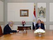 الرئيس السيسي يطالب الحكومة بسرعة حل أزمة شركات قطاع الأعمال المتعثرة