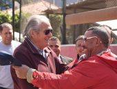 صفحة الأهلى تنشر صور زيارة مانويل جوزيه لفرع النادى بالجزيرة