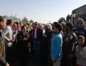 نادية عبده تستمع لأقوال المواطنين بموقع حادث قطارى البحيرة وتوجه برفع حالة الطوارئ (صور)