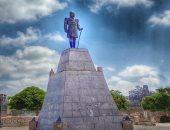 """شاهد.. تمثال الخديوى إسماعيل """"الحائر"""" فى الإسكندرية"""