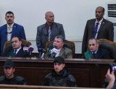"""قاضى فض اعتصام رابعة للمتهمين: """"هحبسكم سنة بتهمة الإخلال بنظام الجلسة"""""""