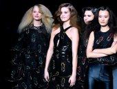 """صور.. عرض أزياء لـ""""سونيا ريكيل"""" خلال أسبوع الموضة فى باريس"""