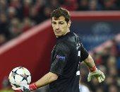 ريال مدريد يدعم أسطورته كاسياس بعد إصابته بأزمة قلبية