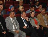 بالصور.. محافظ الإسكندرية يشهد التجهيزات النهائية للمنتدى الأول للشباب