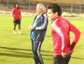 حلمى يدرس مواجهة المصرى مع بطل الجزائر قبل موقعة 28 سبتمبر