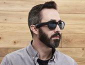 نظارة شمسية ذكية يمكن التحكم بها عبر الصوت والإيماءات